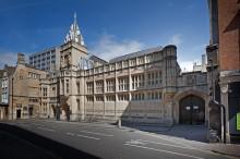 Bristol-Guildhall-Arts-Centre-28-220x146