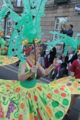 Opportunity: Devizes Outdoor Celebratory Arts are offering free workshops for groups to learn about carnival costumes
