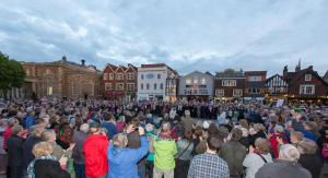 A chorus of 400 voices opening the Ageas Salisbury International Arts Festival 22 May 2015. Photo: Adrian Harris